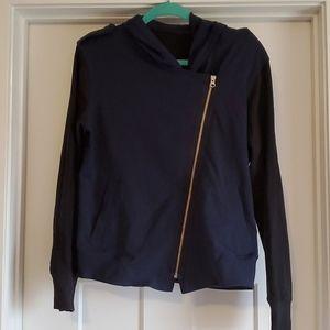 🏢 Lululemon colorblock sweatshirt